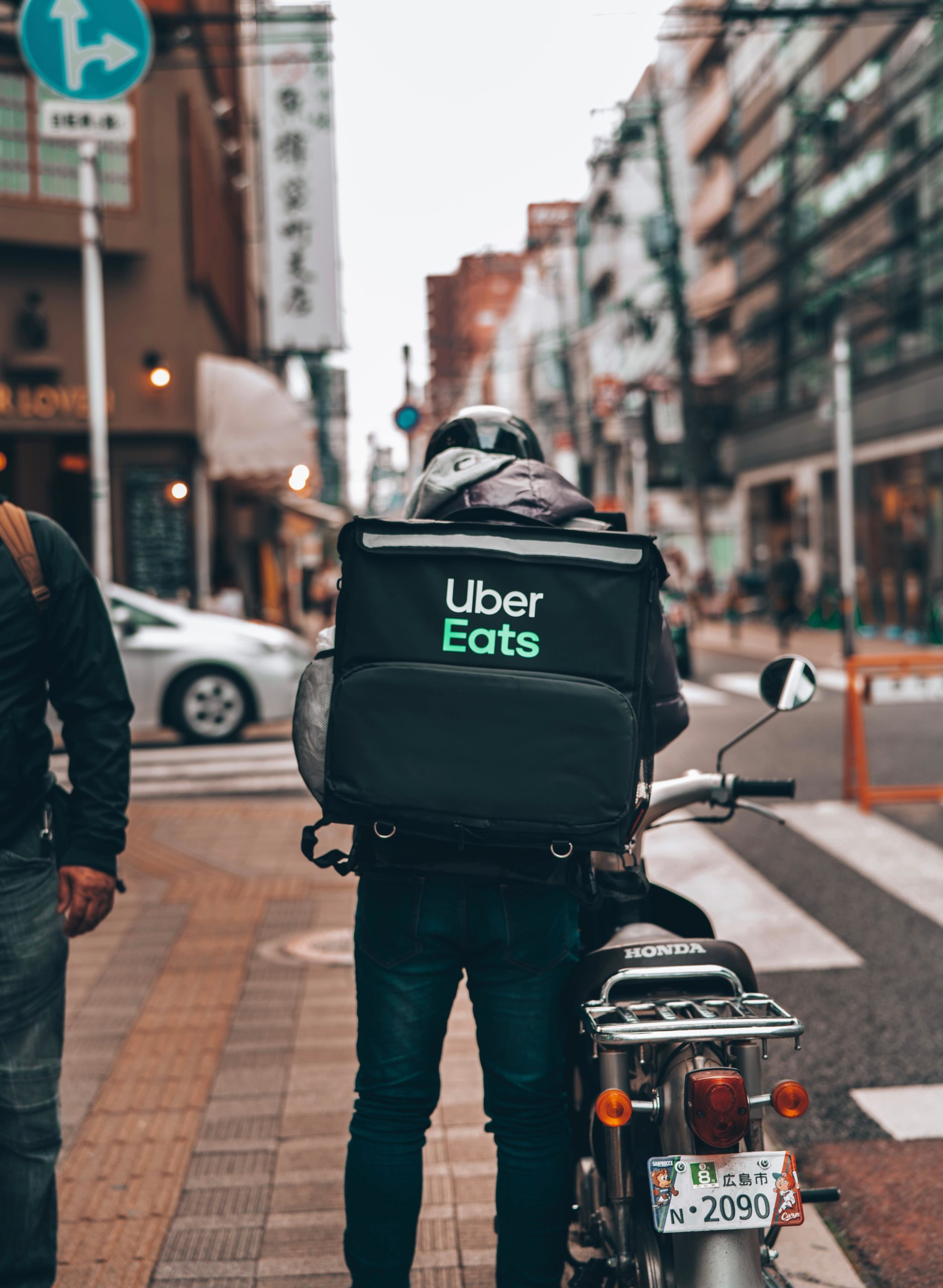 kinh nghiệm làm thêm uber eats ở nhật